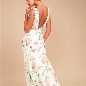 Lulu's white floral print maxi dress